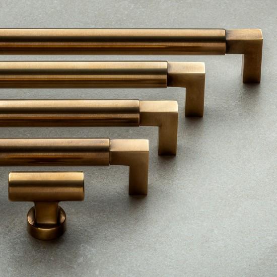 Bauhaus Style Handle